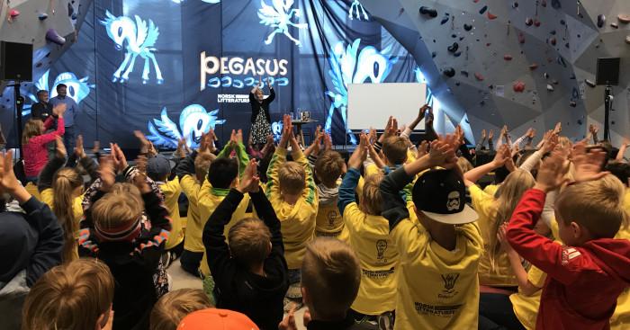 Jubler for dobbelt så stort Pegasus-program!
